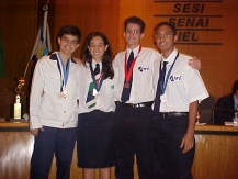 Estudantes que representaram o Brasil na Grécia e México